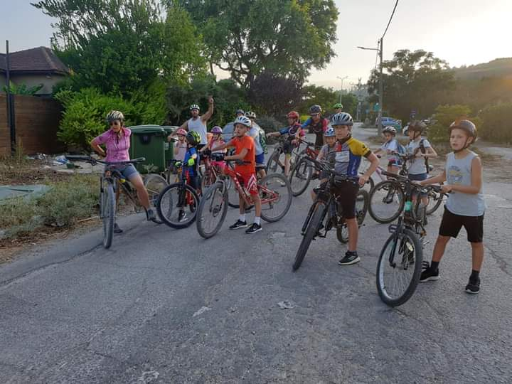 אמון אופניים 1